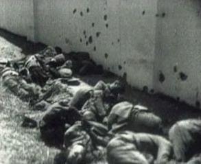 represion-en-badajoz-carabineros-guardias-civiles-y-militares-leales-a-la-republica-recien-fusilados-en-las-tapias-del-cementerio-de-badajoz-agosto-1936