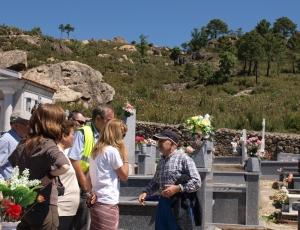 En el cementerio de Mijares