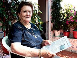 Antonia Aparicio, de Valverde de Leganés, hija de un fallecido en Mauthausen, ha solicitado la indemnización al Gobierno francés. / EMILIO PIÑERO
