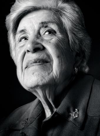 """Julia Manzanal  Nacida en 1915 en Madrid, una de las protagonistas del documental 'Los niños perdidos del franquismo'.  """"Sigo preguntándome qué habría pasado si mi niña no hubiera muerto, cómo habría vivido, cómo habría sido el tiempo compartido"""""""