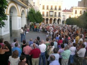 Acto protesta de los familiares 07/07/2006 frente al Ayuntamiento emeritense
