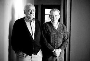 VICENTE GUTIERREZ SOLIS Y ALBERTO VALDES, DE LA ASOCIACION DE DAMNIFICADOS POR LA REPRESION FRANQUISTA, SAMA