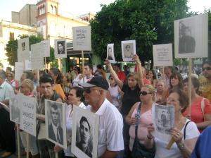 Acto protesta de los familiares en Mérida, el 07/07/2006
