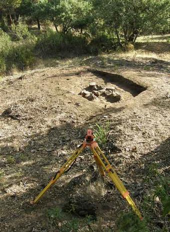 Emplazamiento de la fosa en la que aparecieron los 16 cadáveres de Grazalema- JARO MUÑOZ