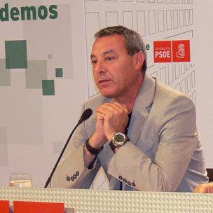 El Concejal del PSOE Francisco Álvarez de la Chica