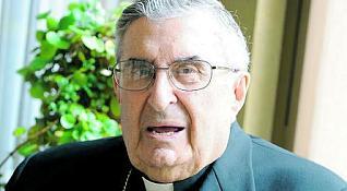 Gabino Díaz Merchán, en la Casa Sacerdotal de Oviedo. / luisma murias