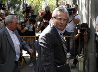 Garzón, a su llegada al Supremo para declarar por la investigación del franquismo.- ÁLVARO GARCÍA