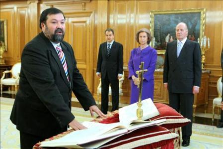 Caamaño prometiendo fidelidad como nuevo Ministro de Justicia