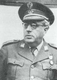 Juan Yagüe Blanco,  el carnicero de Badajoz.