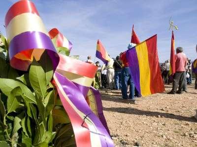 Asistentes actos XXI Día del Guerrillero Español (Cruz de Moya)