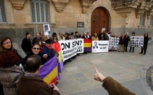 Una de las manifestaciones de la asociación contra el silencio de los Juzgados.  Foto: Lorenzo