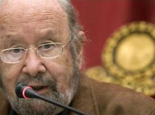 El escritor y poeta jerezano Caballero Bonald