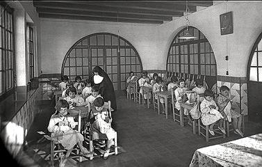 Resultado de imagen de Niños robados por el franquismo imágenes