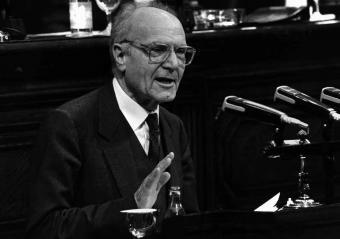 Heribert Barrera, en el Parlamento catalán (1987).- ANTONIO ESPEJO