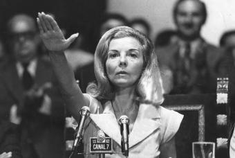 saludo fascista de Isabelita Perón- DIEGO GOLDBERG (SYGMA)